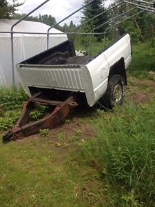 Box trailer 6 1/2 ft dodge box $300