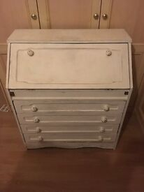 Shabby chic bureau painted in Annie Sloan white and paloma