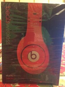 Brand New Beats Studio Wireless by Dre Bluetooth headset  West Island Greater Montréal image 1