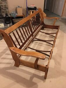 Imperial loyalist maple bench.