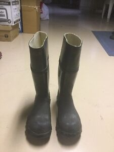 Steel toe miner's rubber boots