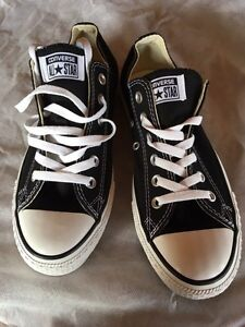 Converse All Stars Sneakers/Shoes