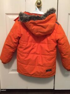 Boys Oshkosh Winter Jacket Size 6 Cambridge Kitchener Area image 3