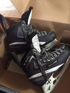 Bauer vapor x select LE skates