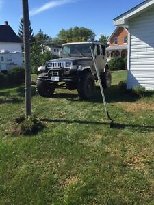 88 jeep lifted on 38s 4000$ open to trades