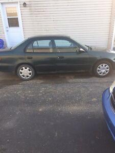 Toyota corolla 2001 manuelle a vendre 1600 nego 208 600km Gatineau Ottawa / Gatineau Area image 4