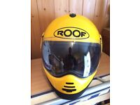 XL ROOF helmet.