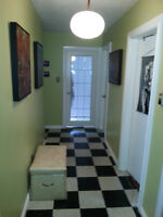 Room available in a two bedroom house share (Close to downtown)