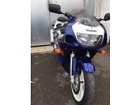Suzuki gsxr600 srad NEED SOLD ASAP ONLY 4423 miles