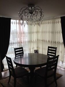 Dining set (Expandable table top) unbelievable Deal... Downtown-West End Greater Vancouver Area image 1