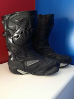 Mens Size 8 Racing Style  Street Bike Boots - NEW NEVER WORN