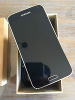 Samsung Galaxy S5 Noir/Black - Factory Unlocked - Comme NEUF