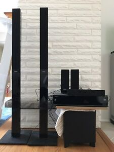 Sony surround system with blue ray DVD player Kitchener / Waterloo Kitchener Area image 1