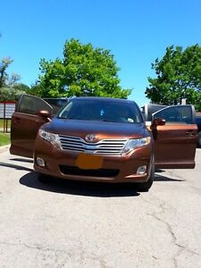 An excellent condition Toyota Venza 2010 very clean and nice... London Ontario image 1