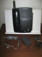 ...Good-Working Panasonic 900MHz Cordless Telephone...