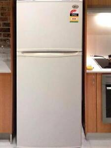 Excellent 432L LG Fridge/FreezerCAN DELIVERY Box Hill Whitehorse Area Preview