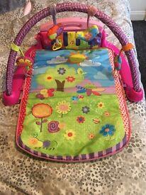 New born playmat