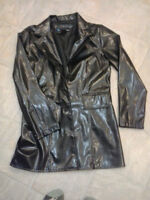 LADIES SIZE SMALL PLEATHER JACKET NEW CONDITION!!