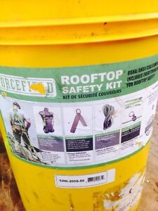 Roof top safety kits