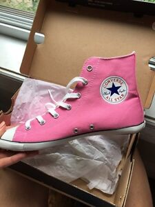 Pink CONVERSE ALL STAR 7 1/2 woman/ souliers rose femme VDCMSG