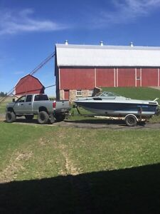"19"" boat trailer, 3500lb axle."