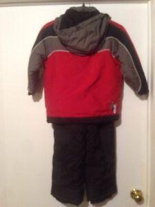 Snow suits  size 4 Kitchener / Waterloo Kitchener Area image 2
