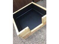 Whelping box / dog bed
