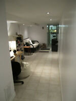 Location! Bloor & Ossington! Clean and cozy 1bdrm apt.