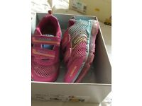 Geox girls trainers size 29/11