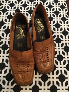Rieker size EURO 38. Woman's shoes. Never worn  London Ontario image 1