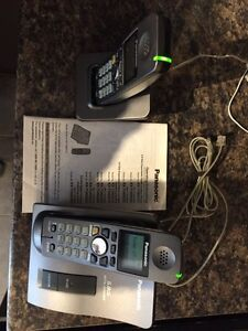 Panasonic 5.8 GHZ Cordless Phones Set