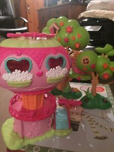 Lalaloopsy and My Little Pony treehouses