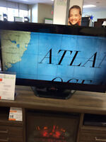 """LG 55"""" LED TV *SCRATCHED SCREEN  REDUCED TO CLEAR!!!  ONLY $499"""