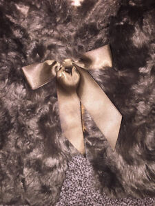 Girls fur shrug London Ontario image 2