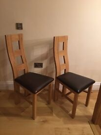 4 x Wave Back Rustic Solid Oak and Brown Leather Dining Chairs