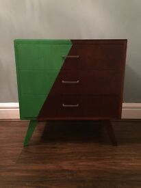 Retro 3-drawer chest of drawers