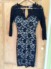 Black lazy dress size 8 (fits size 6-10, stretch!)