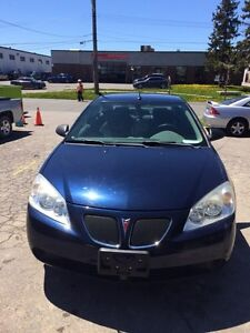 2009 Pontiac G6.. very low km.. mint condition..1owner