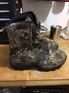 Camo boots size 11 Peterborough Peterborough Area image 1