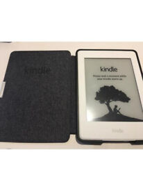 Kindle paperwhite with genuine case