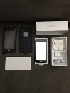 Apple IPhone 6S Space Grey 16GB ROGERS w/ Life Proof Case