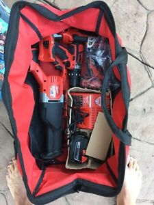 Lithium red drill set with bag London Ontario image 1