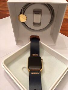 42MM 24K Gold Plated Apple Watch (Gen1) custom leather band West Island Greater Montréal image 6
