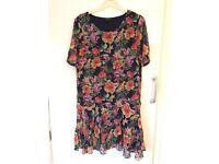 Pretty floral dress size 8/10