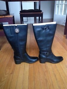 Brand new Clark black leather boots