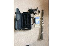 (Stc)Clarinet, hard carry case and 12 unused reeds