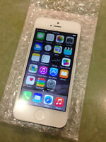 Selling MTS iphone 5 16gb, excellent condition white/black