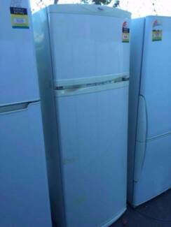 3.5 star 351 liter great working whirlpool fridge, can delivery a