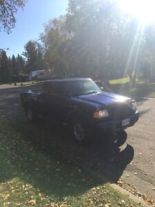 2003 Ford Ranger 4x4 C/W studded winters on rims Prince George British Columbia image 7