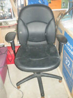 Like New Leather Computer Chair